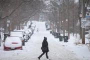 【動画】置き配泥棒さん、逃走時に車を雪に乗り上げ詰んでしまうwwww