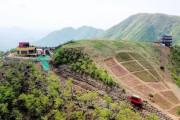 【悲報】韓国人「韓国に建設されたモノレールが連日安全事故‥100億ウォンの山岳モノレールにヒビや車両が後進する事故が頻繁に起こる 韓国の反応