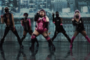 海外「もはやパロディーじゃない!」日本の女芸人による世界的大ヒット曲のMVパロディーに絶賛の声!