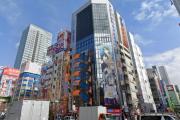 外国人「秋葉原のセガ2号館が閉店するだと…NOOOOO!!!!」
