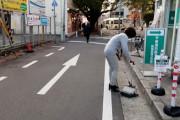 【海外の反応】日本の何気ない日常の動画に「秩序がある」「清潔、コロナが広まらないわけだ」「飼い犬や荷物をスーパーの前に置きっぱなしでも平気なのか・・・」との声