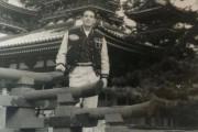 外国人「祖父が日本で記念撮影した場所を知りたい!これはどこなの?」