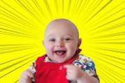 【まさに外道】産まれたての新生児、母親の胎内にあった避妊器具を握りしめて写真に撮られるwwwww