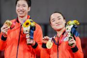 海外「スゴイ試合」日本卓球界の悲願!水谷伊藤ペアが中国ペアとの激闘制して金メダル!(海外の反応)