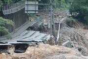 海外「さすが日本!」豪雨で崩落した国道の迅速復旧を世界が賞賛!(海外の反応)