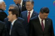 【韓国の反応】文大統領「電話会談を!」菅総理「超忙しい、各国から殺到してるからお前ら最後な」