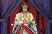 外国人「皇后・雅子様が着ていた十二単をみんなどう思う?」