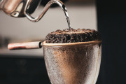 海外「日本の喫茶店には夢が詰まってるんだ!」日本のレトロ喫茶は外国人にも有名らしい