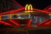 【UFO】ロズウェル事件が起きた町にマクドナルドが建った結果・・・←子供が喜ぶやつやん!  海外の反応