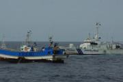 韓国人「海上保安庁が韓国漁船を拿捕!」日本側EEZで不法操業をしていた韓国漁船船長が現行犯逮捕され、600万円の罰金を支払わされる! 韓国の反応